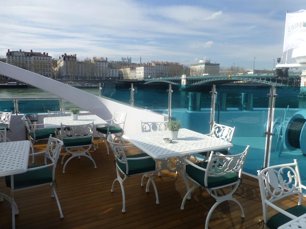 Photo Blog INSIDE UNIWORLDS SS CATHERINE Cruise Weekly - Ss catherine